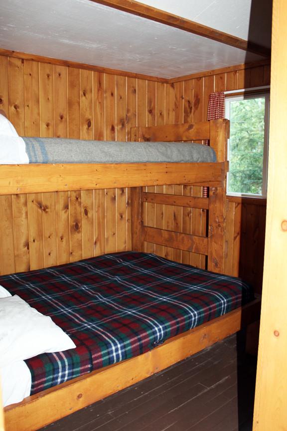 Cabin 6 Bedroom - small